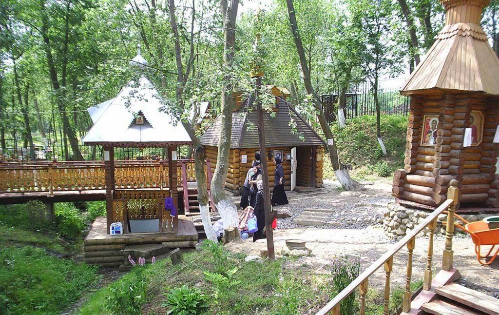 Источник Казанской Божией Матери в деревне Мураново
