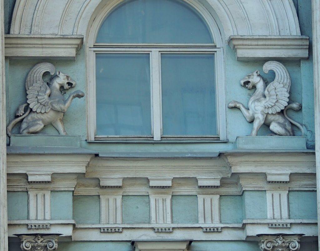 Дом со львами на Пятницкой