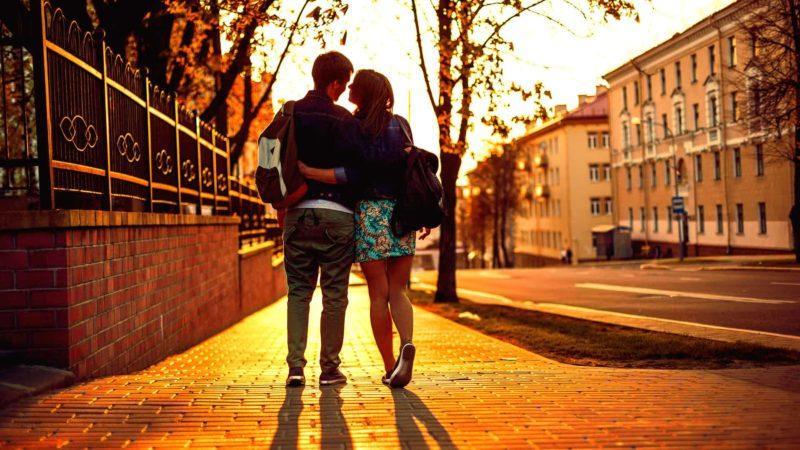 Москва влюбленные парень и девушка