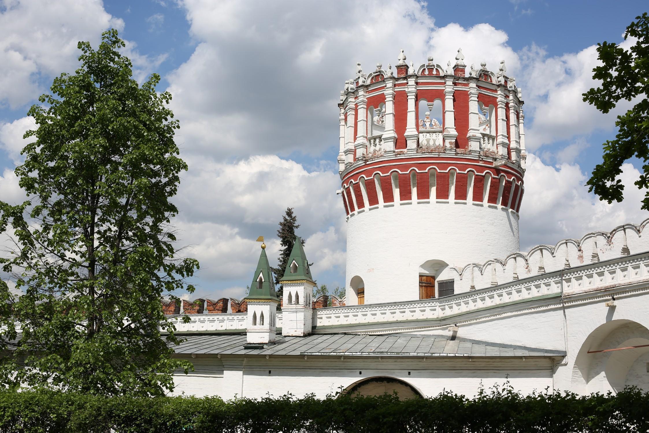 Софьина башня