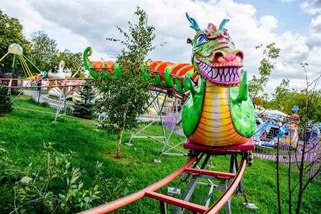 Аттракционы Семейный парк «Сказка» в Крылатском
