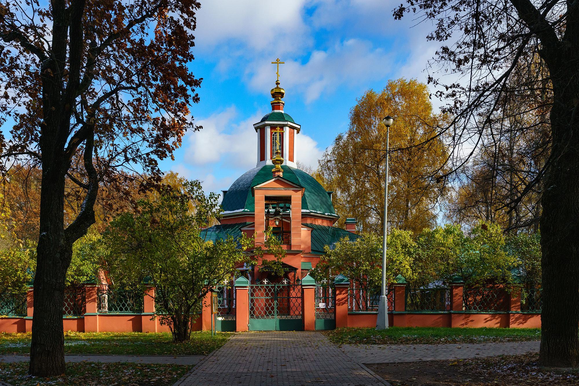 Храм Живоначальной троицы в Воронцово