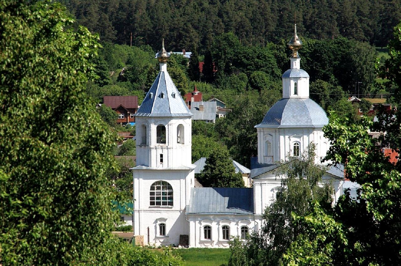 Верея, церковь Богоявления (Козьмы и Дамиана) в Заречье