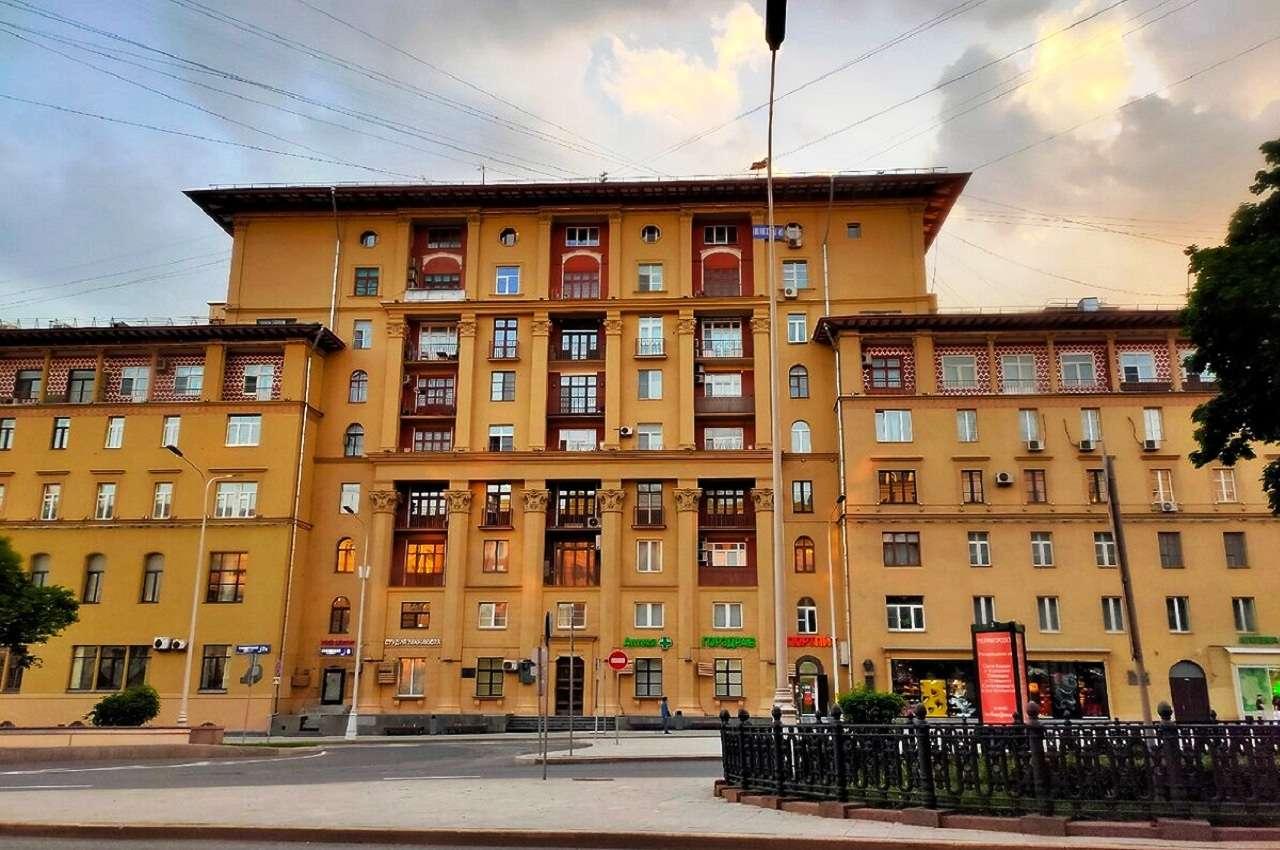Дом № 7б – жилой домГлавсевморпути(Дом полярников)в Москве