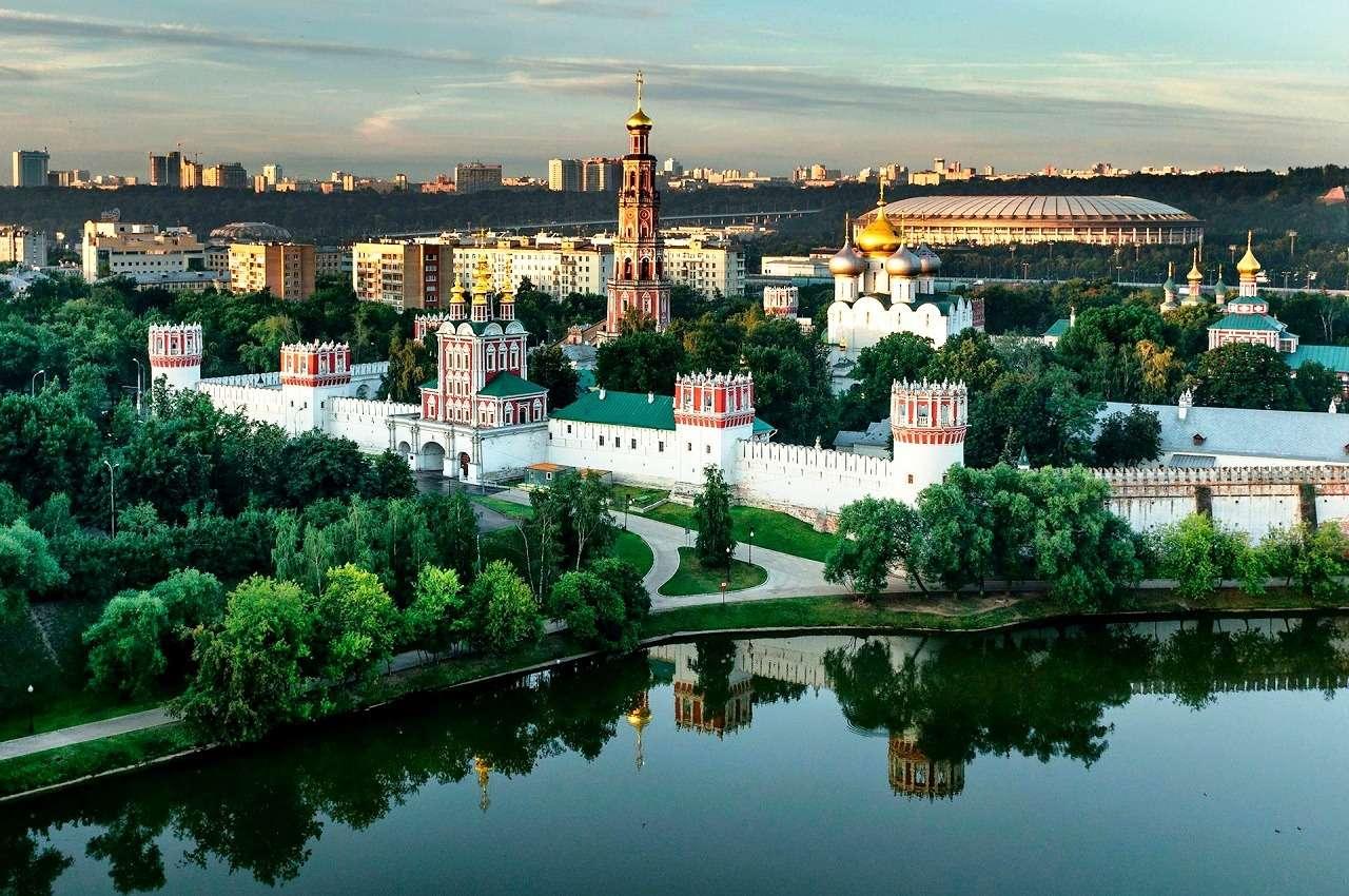 Новодевичий монастырь и парк