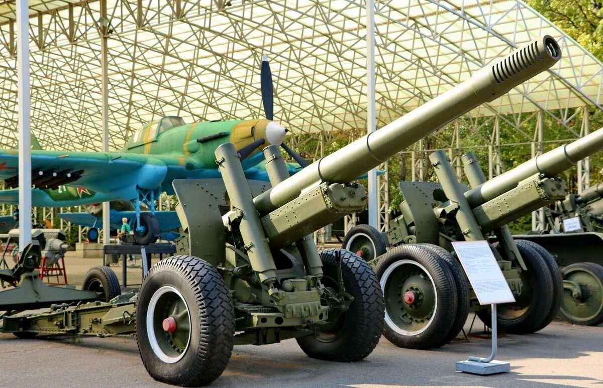 Открытые площадки Музея Победы на Поклонной горе в Москве