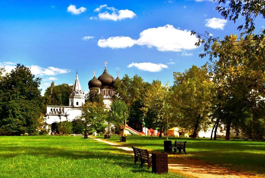 Измайловский паркв Москве