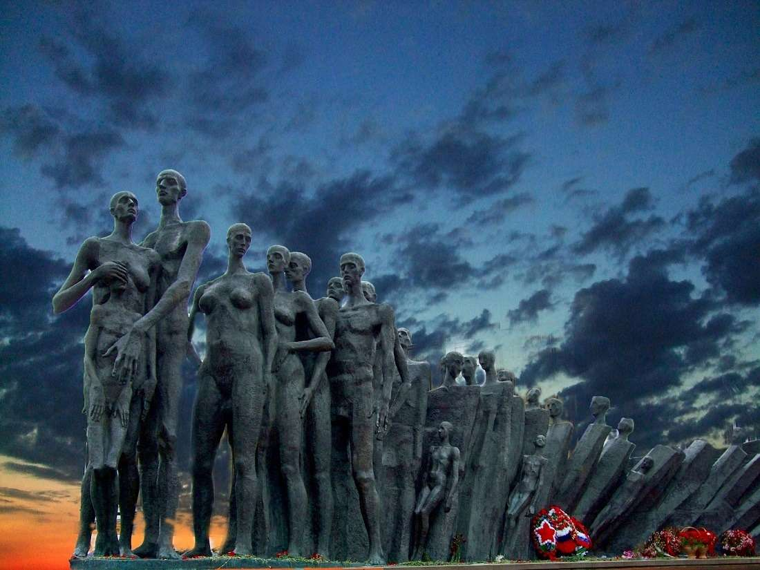 Трагедия народов на Поклонной горе