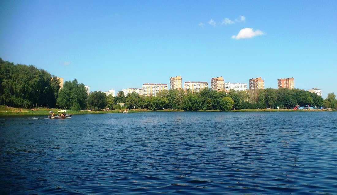 Большой Садовый пруд в Москве