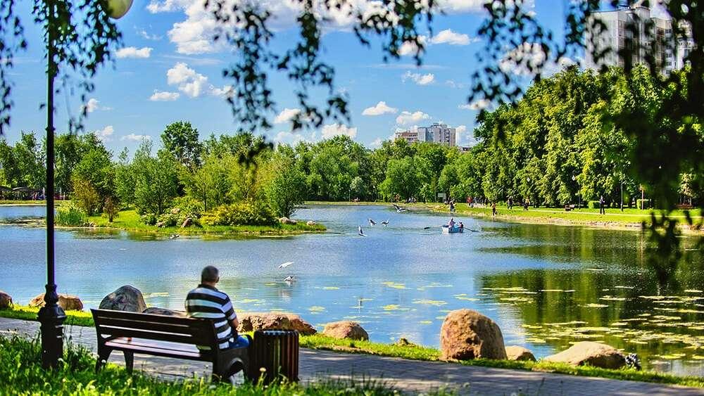 Большой Ангарский пруд в парке «Ангарские пруды»