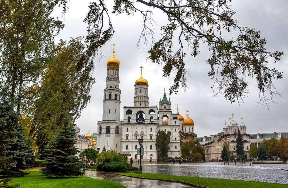 Музеи Московского Кремля осенью