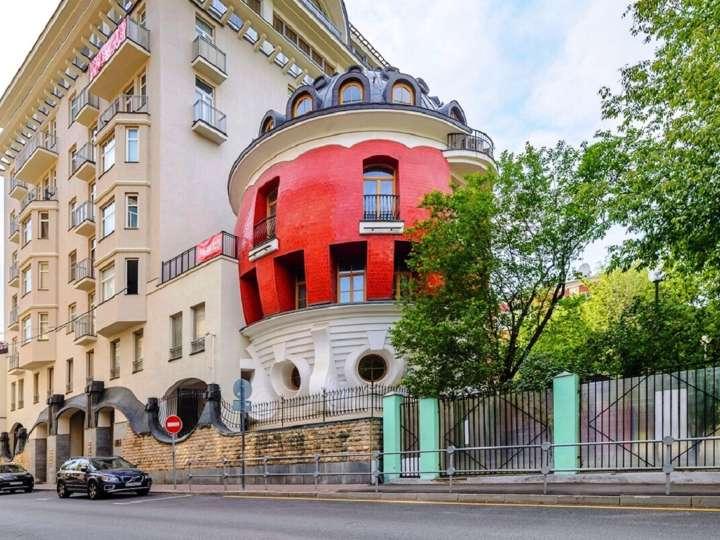 Дом-яйцо на ул Машкова в Москве