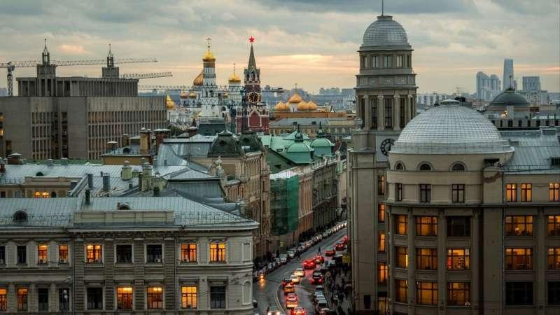 Улица Ильинка в Москве