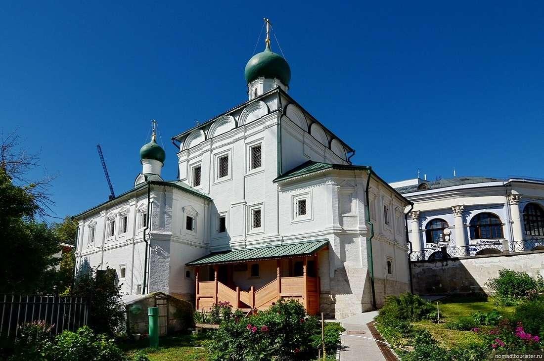 Церковь Максима Блаженного на улице Варварка